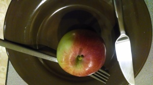 plate with apple