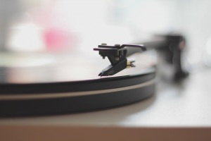 record player-Luke Chesser
