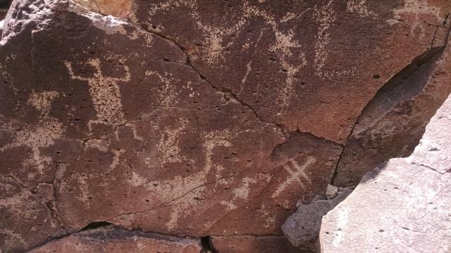 petroglyphs_2